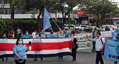 Trabajadores del Hospital San Juan de Dios se manifiestan