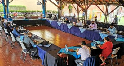 Reunión para garantizar protección de trabajadores de la CCSS