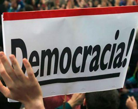 El asalto a la democracia y la ruptura del pacto social