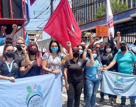 UNDECA rechaza prematuro e ilegal rebajo de salarios